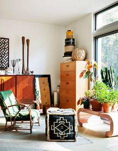 Contemporary Mexican Interior Design For Reading Area