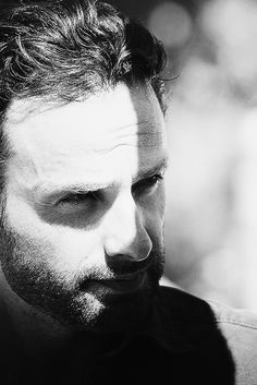 Rick <3 <3 Andrew Lincoln, Walking Dead Actors, Fear The Walking Dead, Rick Grimes, Sean Patrick Flanery, Dead To Me, Stuff And Thangs, Dead Man, Man Alive