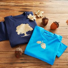 Create these adorable DIY Fall Dad and Me Oak Tree and Acorn T-shirts following these easy instructions