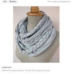 DIY: braided scarf tutorial - I am so making this! Scarf Tutorial, Diy Tutorial, Photo Tutorial, Necklace Tutorial, Diy Tresses, Braided Scarf, Loop Scarf, Circle Scarf, Braided Necklace