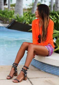 Street style : Tangerine Paradise by Julie Sarinana form sincerelyjules.com