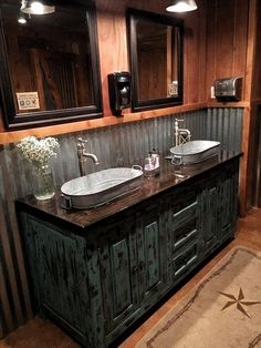 40 Best Rustic Bathroom Design Ideas To Inspire Yourself Bathroom design. 40 Best Rustic Bathroom Design Ideas To Inspire Yourself Bathroom design 40 Best Rustic Bat Rustic Bathroom Designs, Rustic Bathroom Decor, Rustic Bathroom Vanities, Modern Bathroom, Large Bathrooms, Master Bathrooms, Bathroom Mirrors, Bedroom Rustic, Minimalist Bathroom