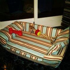 sofá-camita para perro (el de mi perri!!)