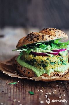 Spinach Quinoa Veggie Burger (YUM)- you need to try this! It is probably my favorite veggie burger of all-time. Even my non-vegetarian friends LOVE IT!