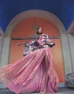 Tami Are Ethereal Visions for Harpers Bazaar UK Tami Williams wears Schiaparelli lam dress and silk jacket. June 2017 issue of Harpers Bazaar UK.Tami Williams wears Schiaparelli lam dress and silk jacket. June 2017 issue of Harpers Bazaar UK. High Fashion Photography, Fashion Photography Inspiration, Editorial Photography, Glamour Photography, Style Inspiration, Lifestyle Photography, Photography Poses, Travel Photography, Trendy Fashion