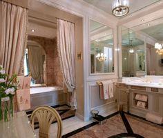 Suite Impériale at the Ritz Paris