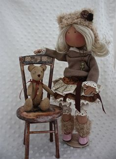 Silla alta para muñecas