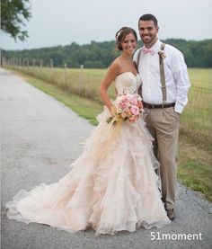 Blush Pink Country Wedding Dresses Ruffles Backless Organza Vintage Bridal Gowns