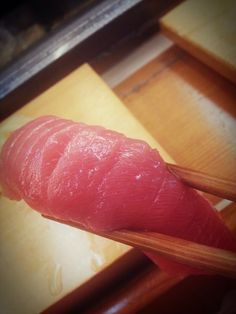5am morning sushi after clubbing @ tsukiji market
