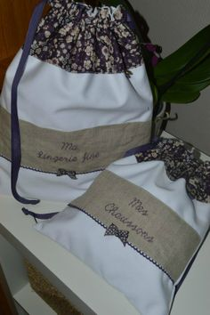 pochon Coin Couture, Couture Sewing, Granny Chic, Triangle Bag, Provence Style, Jute Bags, Handicraft, Purses And Bags, Boss