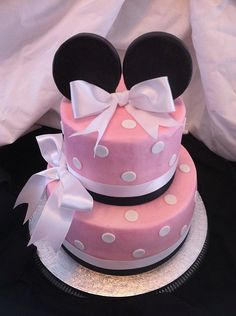Polka Dot Minnie Mouse Cake. Am I too old to have one of these?