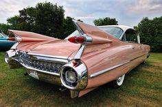 A 1959 pink Cadillac! Cadillac Series 62, 1959 Cadillac, Pink Cadillac, Retro Cars, Vintage Cars, Antique Cars, Cadillac Eldorado, Convertible, Old Classic Cars