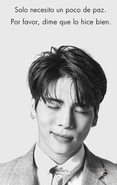 "Kim Jong Hyun / Jonghyun / Kpop / Kpoper / Idol / Boy / Angel / Coreano / Famoso / R.I.P / Fondo con frase / Frases / Shinee / Shawol / Luto / ""Solo necesito un poco de paz. Por favor, dime que lo hice bien."" Goodbye My Love, Shinee Jonghyun, Sulli, Always Smile, Foto Bts, Love Is Sweet, Kpop Groups, Army, Celebrities"