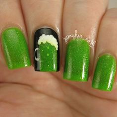 Patrick's Day Nails are all about celebrating this lucky day. Here are the best St. Patrick's Day Nail art ideas and Nail art designs tutorials / inspo. Fancy Nails, Cute Nails, Pretty Nails, Do It Yourself Nails, How To Do Nails, Seasonal Nails, Holiday Nails, Saint Patrick, Boxing Day