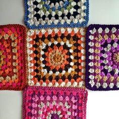 Chunky Oma Stash Bag Crafternoon Treats kostenlose Muster - Make up Crochet Tote, Crochet Purses, Crochet Gifts, Diy Crochet, Crochet Baby, Crochet Granny, Sac Granny Square, Granny Squares, Crochet Patterns