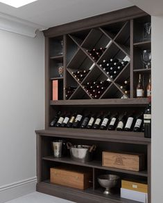 The White House, Beaconsfield - Humphrey Munson Kitchens Wine Rack Wall, Wine Wall, Cool Wine Racks, Wine Shelves, Wine Storage, Home Wine Cellars, Open Plan Kitchen Living Room, Dining Room, Home Bar Designs