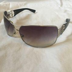 GIORGIO ARMANI SUNGLASSES Used pair of Giorgio Armani 605/s sunglasses. Giorgio Armani Accessories Sunglasses