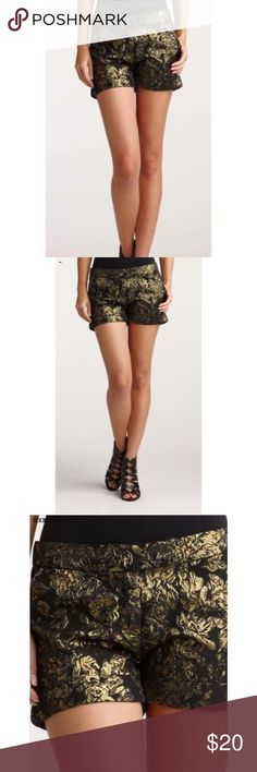 """Black & Gold Metallic Brocade Shorts Chic & festive, brocade shorts in black & metallic gold. Zip front, hook closures, cuffed hem & two slant side pockets. In excellent condition! Flat measurements: waist 17""""; hips 20""""; inseam 3""""; length 12"""". Charlotte Russe Shorts"""