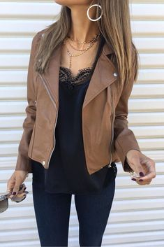 #winter #outfits brown leather zip-up jacket outfit #casualwinteroutfit #FashionTrends