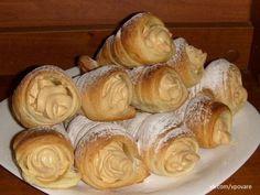 Blätterteig-Schillerlocken mit Karamellcreme, in 10 Minuten zubereitet | Top-Rezepte.de