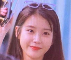 iu and lq image Mode Ulzzang, Ulzzang Girl, Kpop Girl Groups, Kpop Girls, Cool Girl, My Girl, Icons Girls, Programa Musical, Iu Fashion