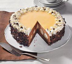 Schokoladige Torte mit Windbeuteln zu besonderen Anlässen