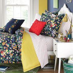 Folksy Floral Comforter Set