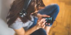 Listening to Music Releases Body's Natural Painkillers