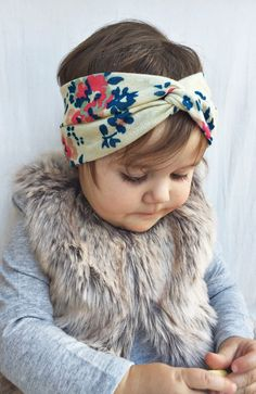 Hey, I found this really awesome Etsy listing at https://www.etsy.com/listing/210144314/tan-floral-turban-headband