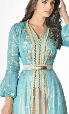 New collection Ramadan 2018 by Selma Ben Omar Morrocan Kaftan, Moroccan Dress, Moroccan Style, Style Caftan, Caftan Dress, Lovely Dresses, Beautiful Gowns, Classy Outfits For Women, Clothes For Women