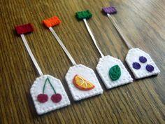 Items similar to Play food - Tea party playset - 4 felt tea bags / fruits on Etsy Felt Crafts, Diy And Crafts, Arts And Crafts, Felt Food Patterns, Cocina Diy, Felt Play Food, Pretend Food, Small Tea, Heart For Kids