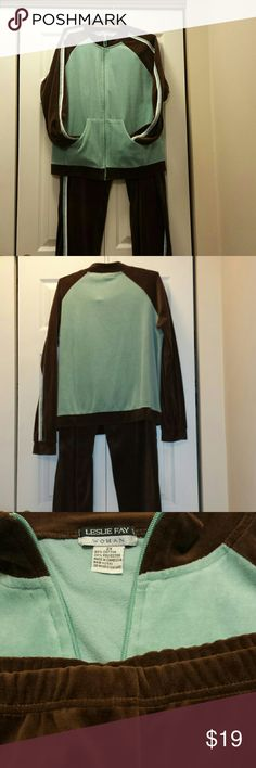 LESLIE FAY ATHLETIC SUIT 80%cotton, 20% polyester, excellent condition, 2X Leslie Fay Other