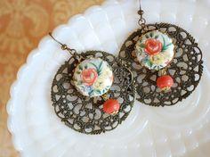 vintage looking earrings