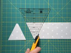 How to cut and sew triangles using a triangle ruler – Michelle Bartholomew Triangle Quilt Tutorials, Triangle Quilt Pattern, Half Square Triangle Quilts, Quilt Block Patterns, Quilt Blocks, Quilting Rulers, Quilting Tips, Quilting Tutorials, Quilting Projects