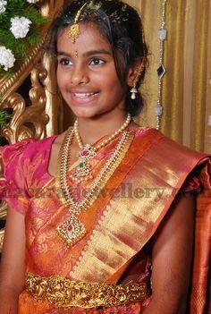 Jewellery Designs: Gorgeous Girl in Kasu Mala Diamond Set