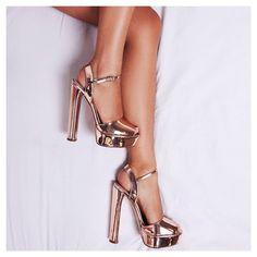 Golden rose vibes. Bloom Peep Toe Platform Heel In Rose Gold Faux Leather. Sign up to newsletter for 15% off discount. #egosquad #egoofficial #shoes #shoesoftheday #fashion #fashiontips #onlineshoes #shoelover #showmyshoes #strapsandals #highheels