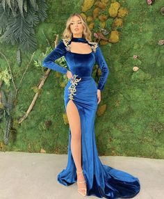 Prom Outfits, Prom Party Dresses, Formal Evening Dresses, Party Gowns, Glam Dresses, Pretty Dresses, Fashion Dresses, Mermaid Wedding Dress With Sleeves, Fantasy Dress