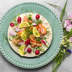 Laxtårta på kavring | Coop Pasta Salad, Tartan, Ethnic Recipes, Food, Crab Pasta Salad, Essen, Plaid, Meals, Yemek