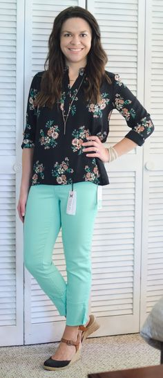 Just Black Adorra Skinny Jean Collective Concepts Saron Split Neck Blouse Stitch Fix Review June 2016 - This outfit is perfect for school :)