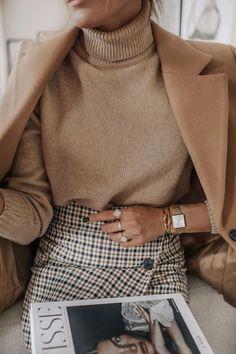 x 80s Fashion, Work Fashion, Fashion Outfits, Fashion Hair, Fashion Ideas, Woman Outfits, Classic Fashion, Office Fashion, Petite Fashion