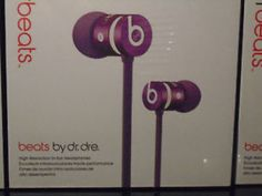Urbeats with Mic and volume control - New - PURPLE Fast shipping Awesome Store, Cool Store, Stuff To Buy, Purple, Viola