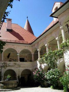 Castle Bizeljsko   Castle Bizeljsko (Wisell) - Castle Bizeljsko