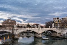 Una domenica con i riflessi di Roma Riflessi di Roma - Castel Sant'Angelo - lunga esposizione