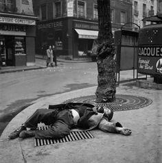 #Robert+Doisneau Photography|#Paris,+#1940s-50s+(15).jpg (640×646)