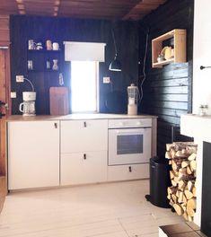 """Villa Sulona — Elina on Instagram: """"Keittiön muodonmuutos VOL. 2🖤  Löysin arkistosta herkullisen kuvan keittiön lähtötilanteesta (03/2019).  Kun remppaamisen energia meinaa…"""" Buffet, Cabinet, Storage, Furniture, Instagram, Home Decor, Clothes Stand, Purse Storage, Decoration Home"""