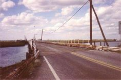 The old beach creek bridge going into north wildwood/anglesea. I remember the wooden boards moving as we drove over North Wildwood Nj, Wildwood Beach, Wildwood Crest, Jersey Girl, New Jersey, Rickety Bridge, Flotsam And Jetsam, Cape May, Surfing
