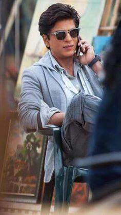 Shahrukh Khan - on set of Dilwale