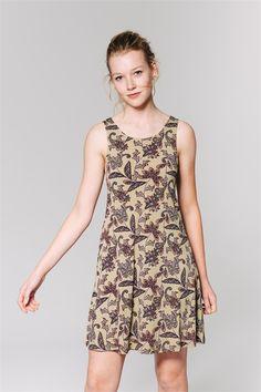 http://www.amichi.es/catalogo/detalle/183768/vestido-lycra-estampado