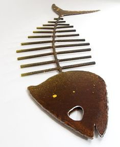 Large Metal Fish Sculpture by Geographicsart on Etsy. I like this in wood! Metal Art Sculpture, Fish Sculpture, Steel Sculpture, Abstract Sculpture, Bronze Sculpture, Metal Art Projects, Welding Projects, Metal Crafts, Welding Crafts