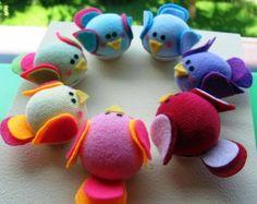 Mini-Cupcake sachet em formato de passarinho feito de tecido, feltro